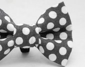 Dapper Cat Gray and White Polka Dot Pattern Cat Bow Tie