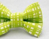 Dapper Cat Bright Green Cross Hatch Pattern Cat Bow Tie