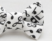 Dapper Cat White Music Notes Pattern Cat Bow Tie