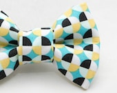 Dapper Cat Circular Geometric Pattern Cat Bow Tie