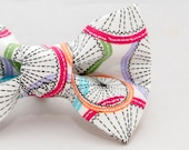 Colorful Bike Wheels Pattern Cat Bow Tie