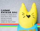 Fizzle Sticks Refillable Catnip Cat Toy - YELLOW