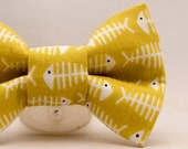 Dapper Cat Fish Bones Bow Tie