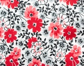 Red Flowers on White Refillable Catnip Mat