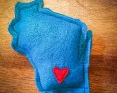 Blue Catnip Stuffed Wisc'rs Wisconsin Shaped Felt Catnip Toy