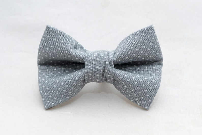 Dapper Cat Gray with White Polka Dot Cat Bow Tie image 0