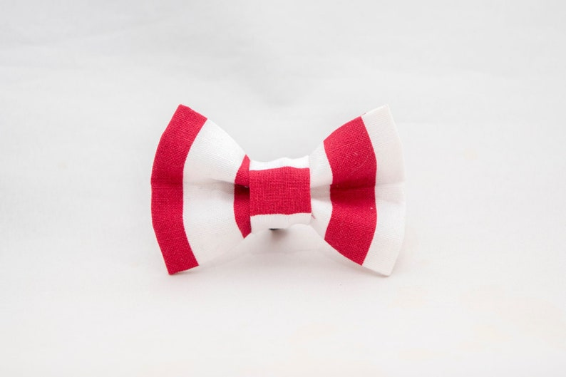 Red and White Stripe Cat Bow Tie image 0