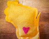 Gold Catnip Stuffed Wisc'rs Wisconsin Shaped Felt Catnip Toy