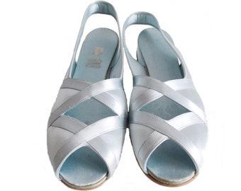 d378674b791f68 Deadstock 1940s Daniel Green boudoir pale blue satin slippers 40s WWII  swing slingback peep toe shoes   1950s rockabilly sandals size 8.5