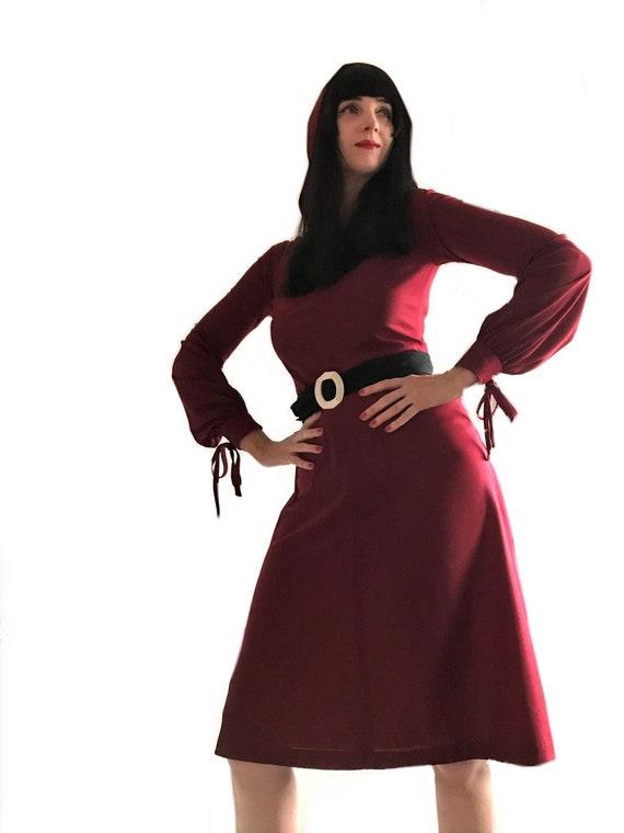vintage 1970s does 1940s burgundy red hooded dress