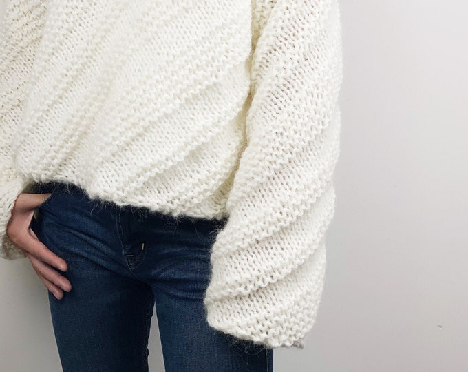 Hand knit woman mohair sweater cropped top pullover sweater white cream