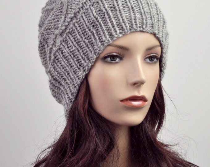Hand knit wool Hat grey woman beret