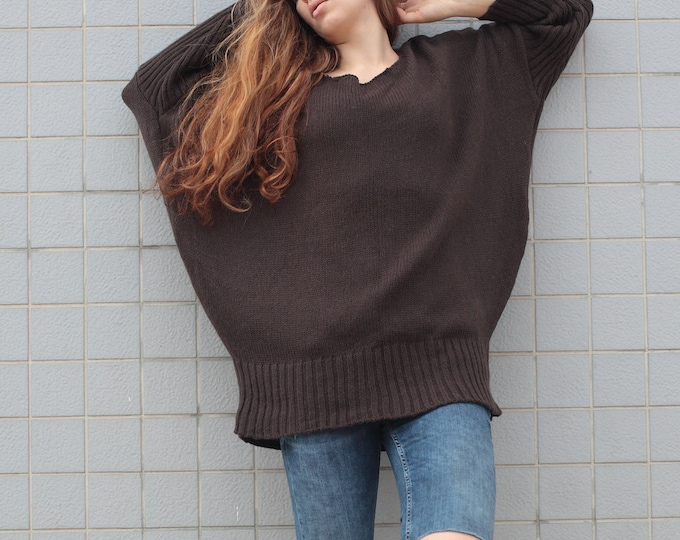 Hand knit OVERSIZED Woman sweater sweater BROWN