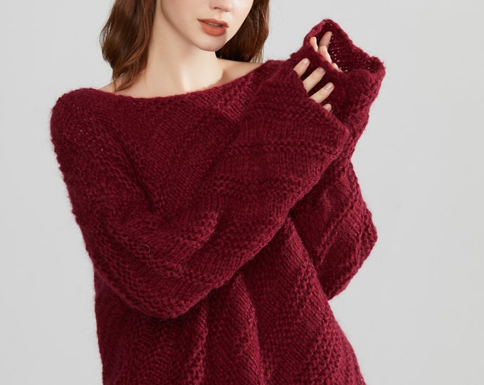 Hand knit woman mohair sweater cropped top pullover sweater wine
