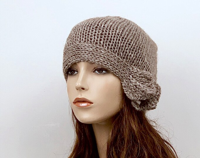 Hand Knit woman wool Hat Beret Hat with side band almond hat