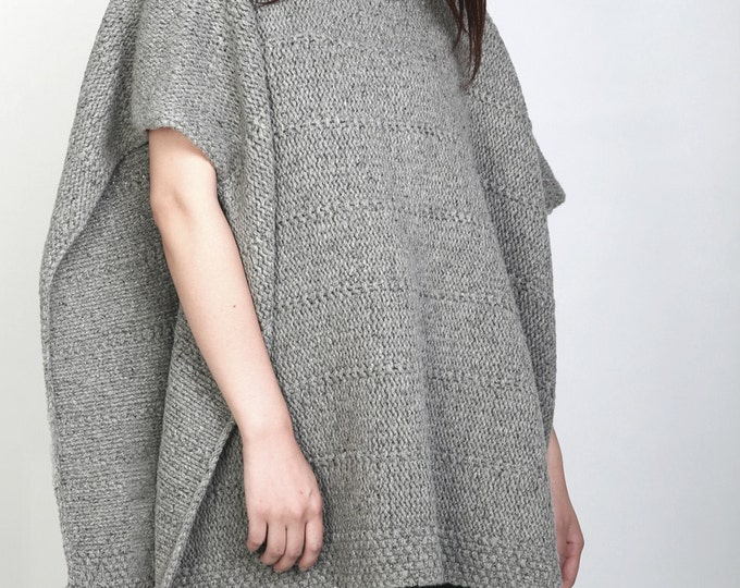 Hand knit heavy wool Poncho/ capelet grey woman sweater rolled collar