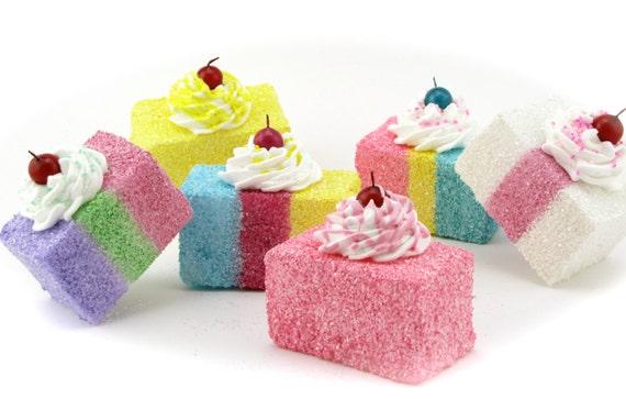 Root Beer Float Ice Cream Cake {Frozen Treats Blog Party ...  |Ice Cream Float Cake