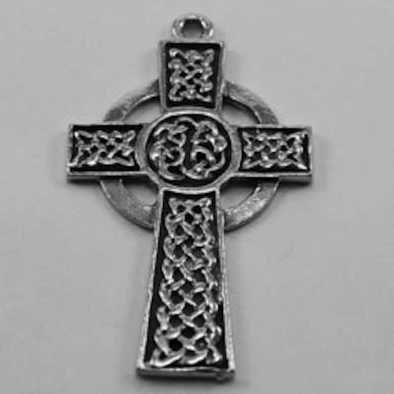 Celtic Cross/'   1 bail Australian Petwer R081