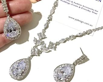 Pear Drop Bridal Jewelry Set, Teardrop Wedding Earrings, Marquise Bridal Necklace, Zirconia Bridal Earrings, Cz Wedding Necklace, LUNA