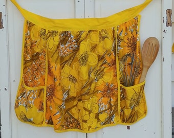 Vintage Vera Apron | Yellow Floral Half Apron