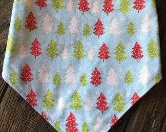 CLEARANCE SALEBaby Bibdana - Tiny Christmas Trees