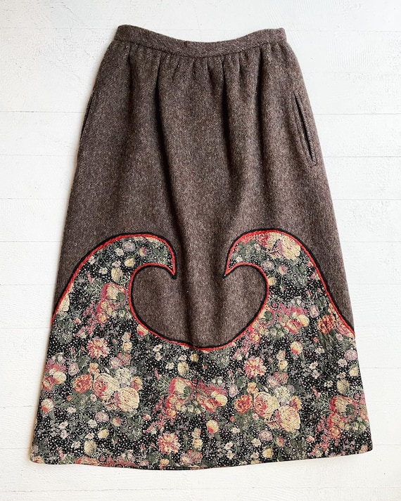 KOOS van den Akker wool floral appliqué skirt