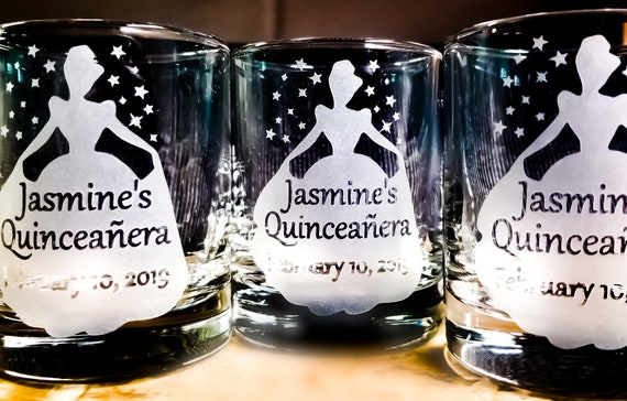 Quinceanera Personalized Party Favors Engraved Candle Holders 50 pcs Custom Tealight Holder Birthday Party Decor