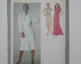 Vintage 70s Pullover Shirtwaist Front Slit Dress, Long Evening Maxi Gown, Blouson Dress Sewing Pattern Simplicity 9224 Size 14 Bust 36 UNCUT