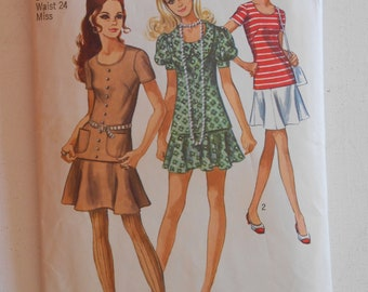 Vintage 70s Two Piece Mini Dress, Puff Sleeve Tunic Top, Gored Skirt Sewing Pattern Simplicity 8780 Size 10 Bust 32 1/2