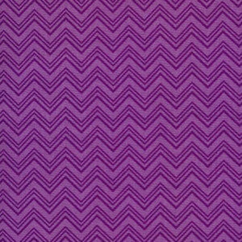Silly Gilly ZigZag Purple  Henry Glass  Cotton Woven sewing image 0