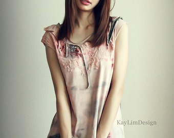 Tattered top / jersey tshirt / short sleeve top / shredded tshirt / stained top - KT592
