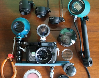 Nikonos III  underwater camera with Nikkor 35mm lens strobe and accessories