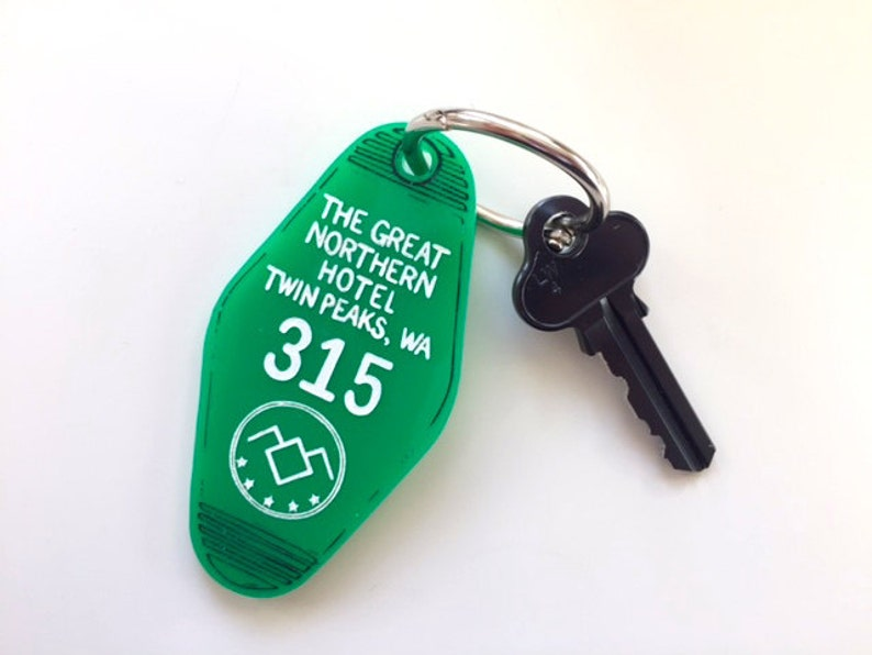Twin Peaks The Great Northern Hotel Room Key Ring  Keychain  image 0