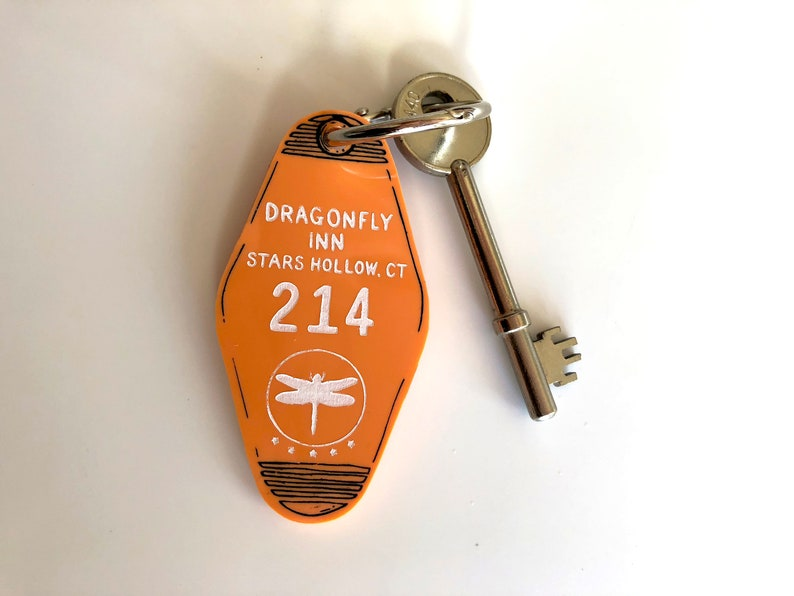 The Dragonfly Inn  Gilmore Girls  Hotel Room Key Ring  image 0