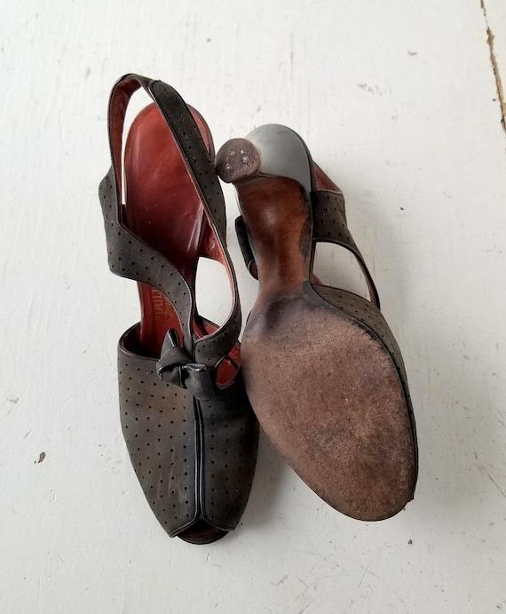 Vintage 1940s Shoes | 40s Heels | Peep Toe Shoes … - image 6