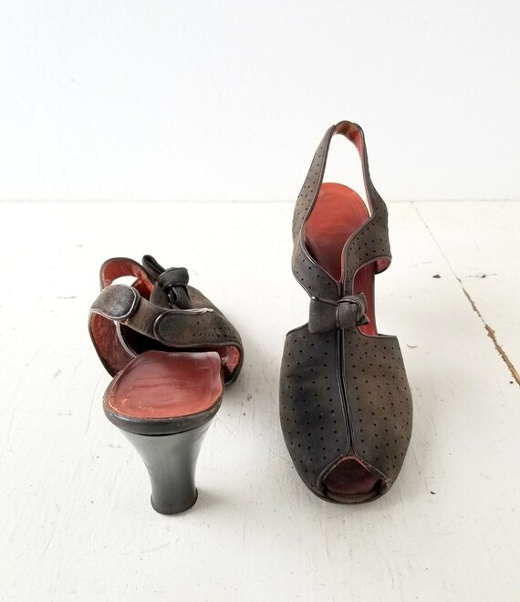 Vintage 1940s Shoes | 40s Heels | Peep Toe Shoes … - image 4