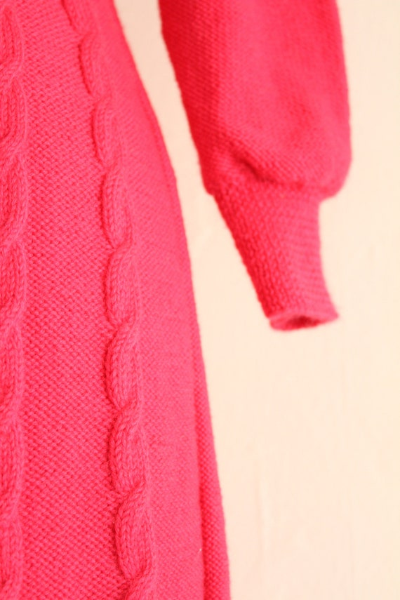 Vintage 60's Hand Knit Hot Pink Cable Knit Dress,… - image 5