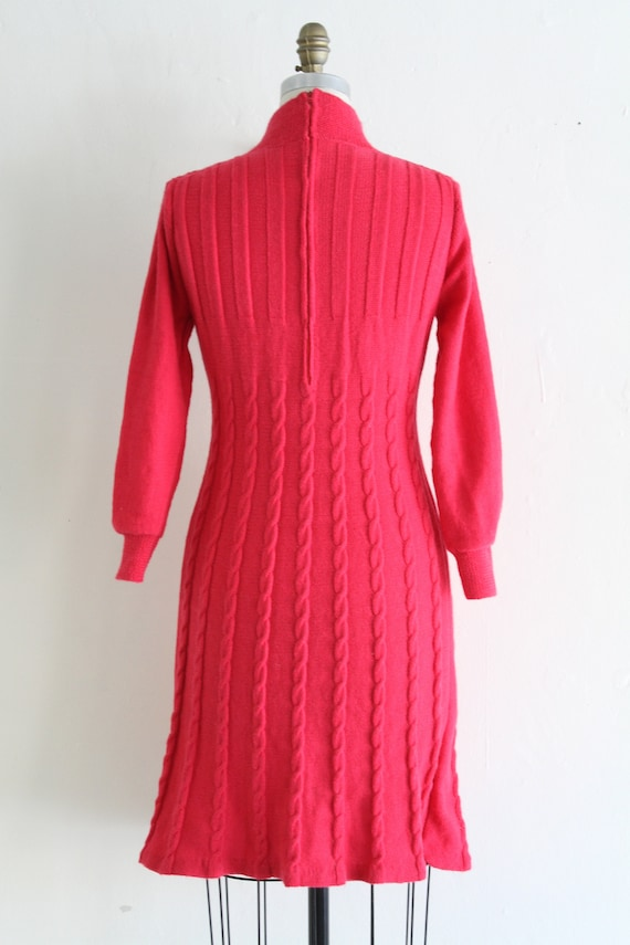 Vintage 60's Hand Knit Hot Pink Cable Knit Dress,… - image 8
