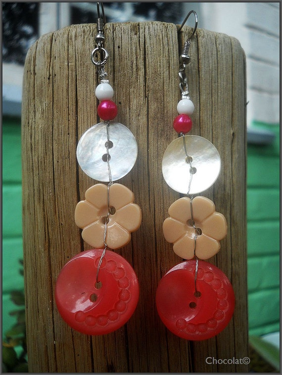 Sarah, Recycled 1960's Button Dangle Earrings In Red, Beige and  Mother Of Pearl,South Africa