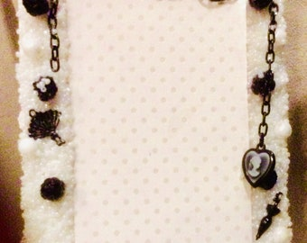 White and Black Beaded picture Frame