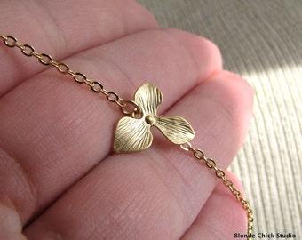 PETAL-Golden Orchid Necklace