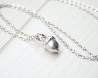 Silver Acorn Necklace - Minimalist Style