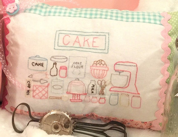 "Embroidery and Pillow Pattern- Cake Baking (7"" x 10"") Baking Series #1"