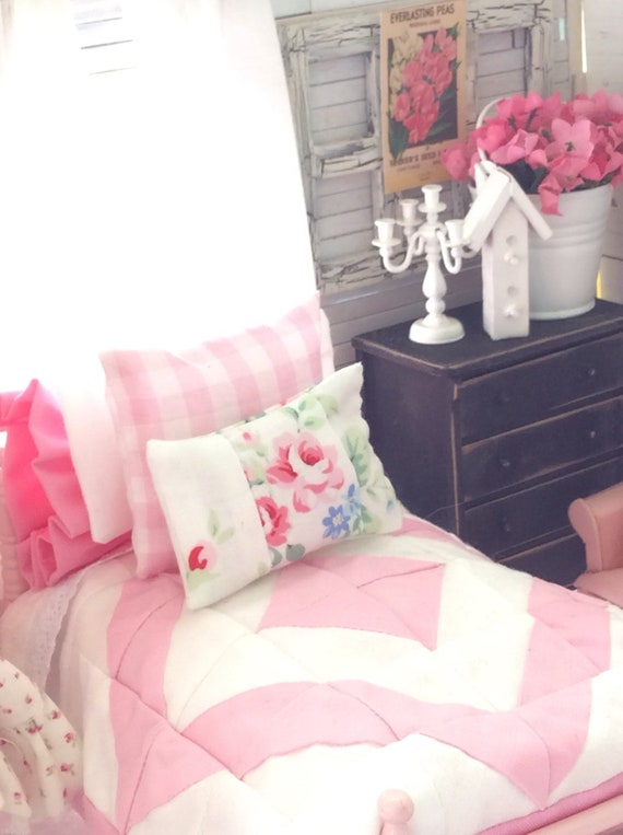 Miniature Dollhouse Pink and White Quilt, Bed and Bedding