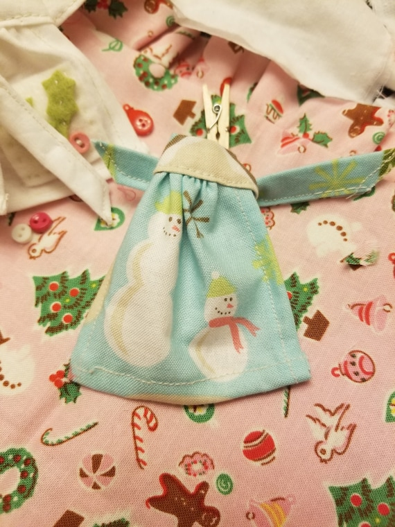 Miniature Christmas Pastel Apron- Tiny Snowmen