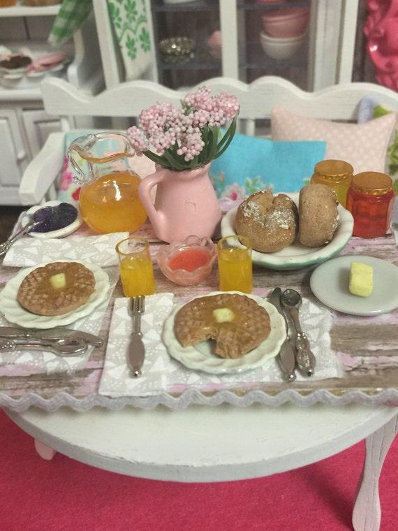 Miniature Dollhouse Spring Breakeast Waffles-1:12