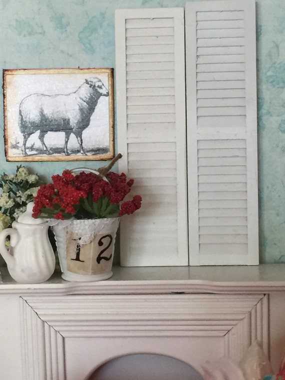 Miniature Dollhouse White Wood Shutters-pair 1:12 scale