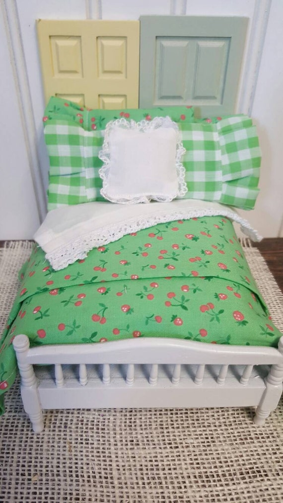 Miniature Cottage Lime Cherry Comforter Bedding Set