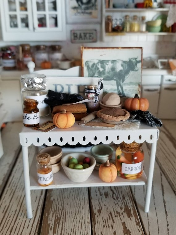 Miniature Shabby White Fall Baking Shelf and Fall Foods-1:12 scale