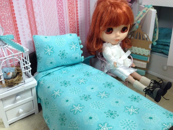 11 inch doll Aqua Flannel Sheet and Pillow set